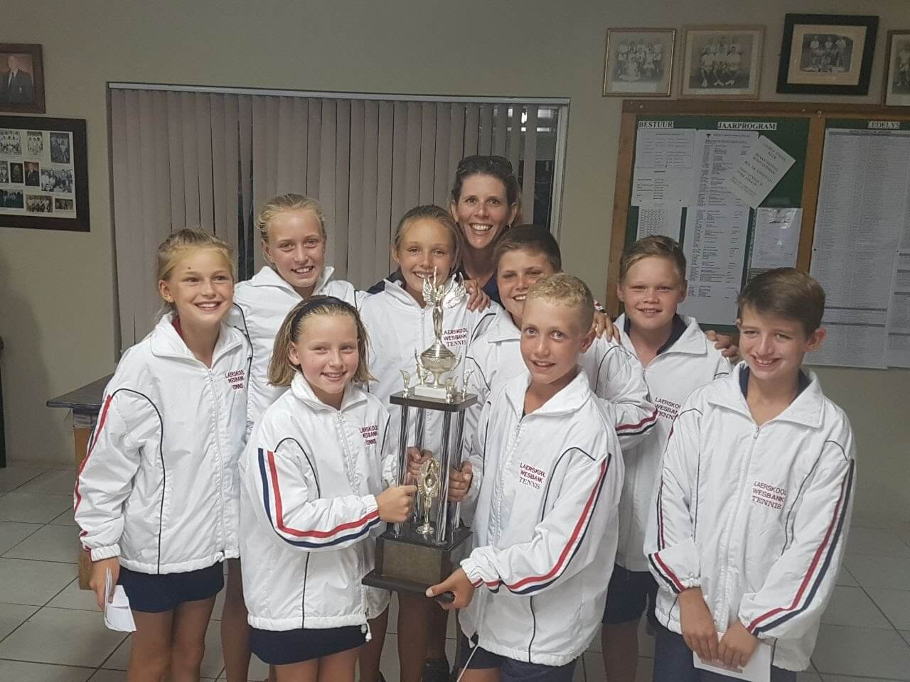 Beste tennisskool in swd awsum school news for Divan rossouw